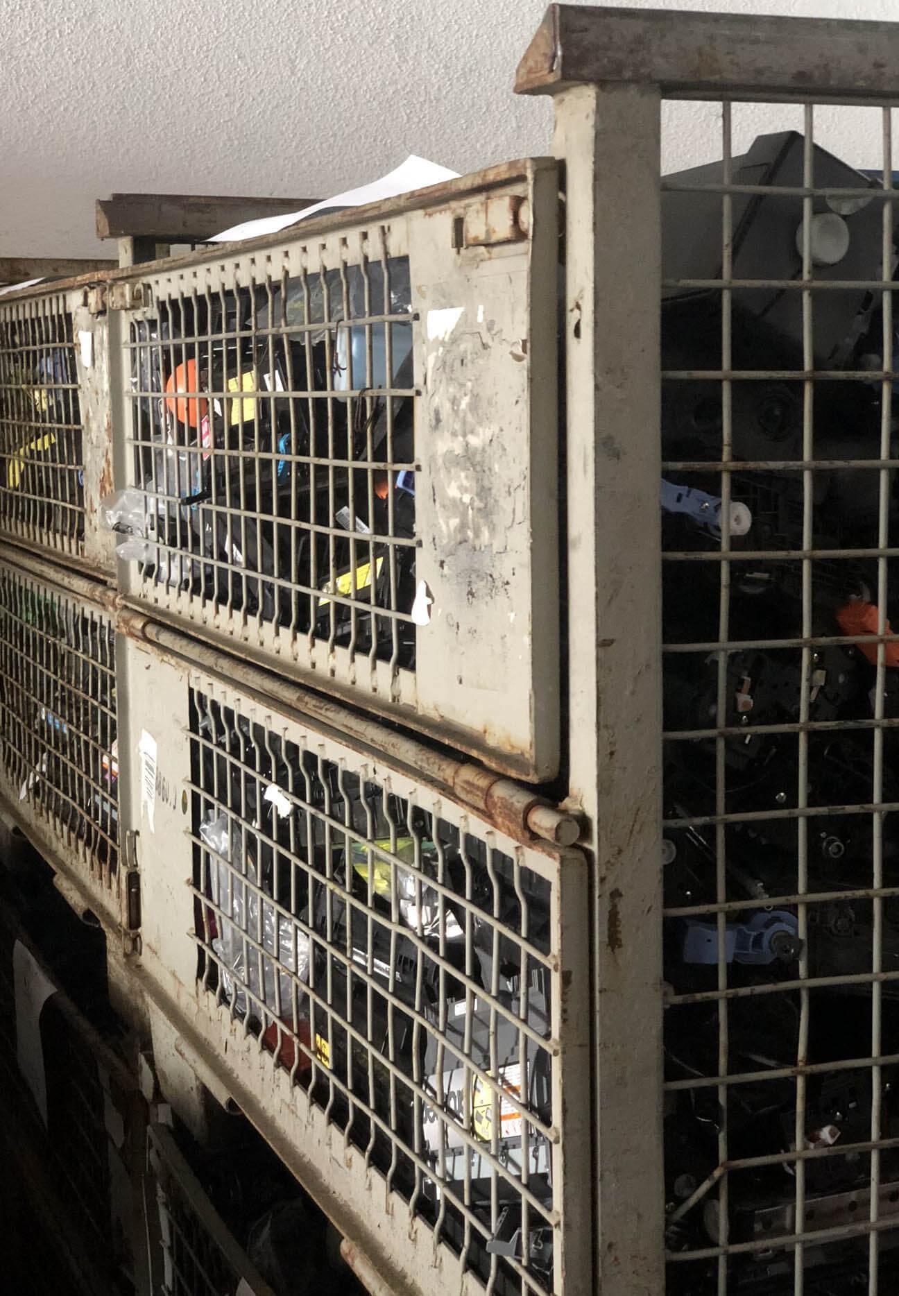 Die Abholung von Druckerpatronen in Gitterboxen ist für uns kein Problem